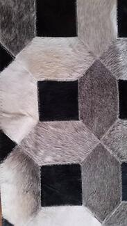 Cowhide Gainsville/bayliss rug