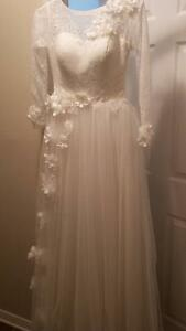 A Line/Full Length Wedding Dress Gatineau Ottawa / Gatineau Area image 1