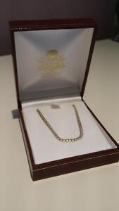 10 kt yellow gold women's necklace/chain