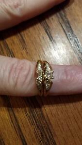 BEAUTIFUL 14 KT WEDDING SET *NEW PRICE Kawartha Lakes Peterborough Area image 2