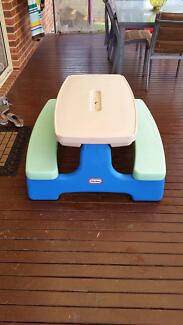 Little tikes fold up table