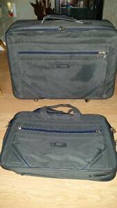 2 Suit Cases 4 Sale Regina Regina Area image 1