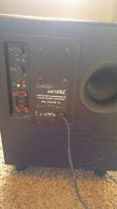 "Omage big boom 10"" BBF-310 subwoofer Cornwall Ontario image 1"