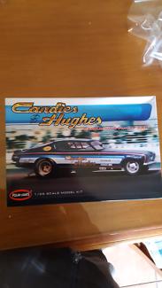 Barracuda funny car model kit