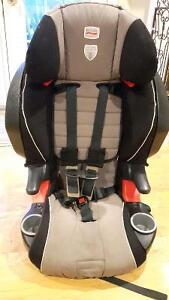 Britax Frontier 5pt/booster convertible Carseat