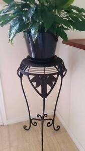 Vintage WROUGHT IRON  Pot PLANT STAND Worongary Gold Coast City Preview