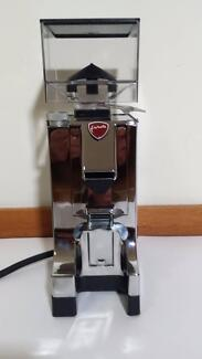 EUREKA MIGNON ELECTRIC COFFEE GRINDER