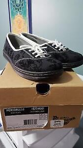 Dr. Martens ladies skull shoes size 10 new in box