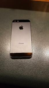 iPhone 5 (16GB) Excellent condition. Campbellton, NB