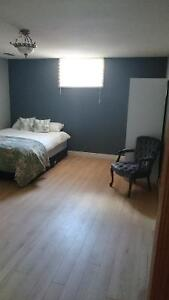 Clean bright room for rent Orillia (from Sept to May - save $$)