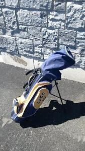 Set of Kids Golf Clubs and Bag (Right Handed)