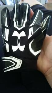 under armour football gloves sizes small