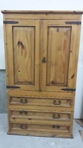 Armoire rustique style mexicain/Rustic mexican style armoire