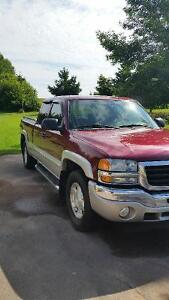 2004 GMC Sierra 1500 Nevada Edition Pickup Truck