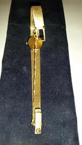 CONCORD WOMANS 14K SOLID GOLD WATCH $1595.00 Sarnia Sarnia Area image 3