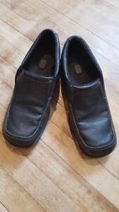 Boys size 5 black dress shoes Peterborough Peterborough Area image 1