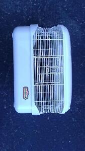 MICE CAGE KAYTEE WITH WATER B0TTLE $35. Peterborough Peterborough Area image 3