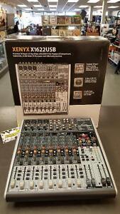 Mixer 16 input Behringer XENYXX1622USB