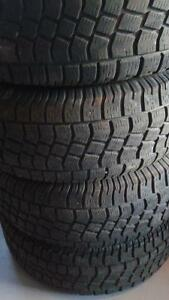 Four Hercules  Extreme Avalanche  lt 265/70r17
