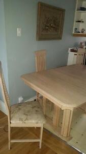 Table + 4 chaises + Rallonge Anjou