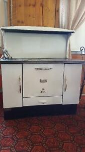 McClary Royal Escort Wood Stove