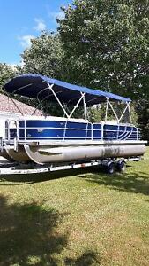 2012 South Bay Pontoon