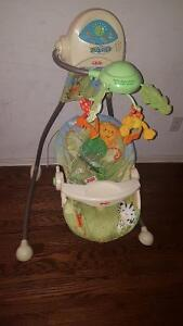 Rainforest baby swing batterie and electric work great