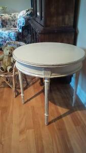 TABLE RONDE ANTIQUE ROUND END TABLE