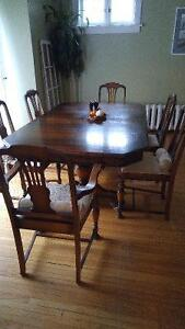 Solid Walnut GIBBARD Dining Set