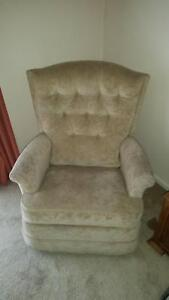 Rocking and Reclining chair Aspendale Kingston Area Preview