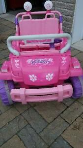 Dream Dazzlers 4x4 Two Seater girl electric car