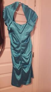 dress never used for sale / robe non usée  a vendre Gatineau Ottawa / Gatineau Area image 3
