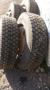SET OF 4 ALL SEASON TIRES with rim  225/70  R19.5