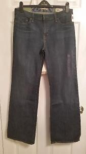 GAP Essential Jeans (New with tags)