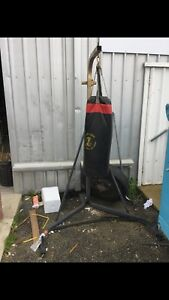 Boxing bag and stand Warnbro Rockingham Area Preview
