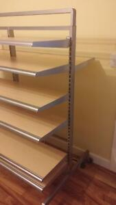 Shelve unit on rollers