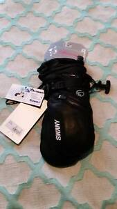 Swany SX-44 Leather Mitt Gilmore Tuggeranong Preview