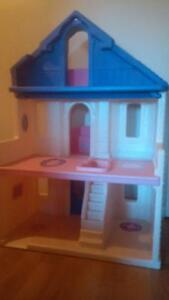 STEP 2 Barbie / Doll House and Furniture Cambridge Kitchener Area image 2
