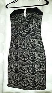 NWT LADIES STRAPLESS DRESS-SIZE SMALL