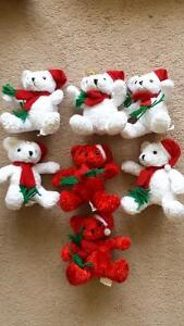 Plush toys (Christmas characters x 12) + singles. West Island Greater Montréal image 2