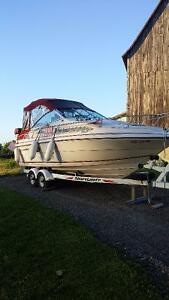 22 ft. Thundercraft Very Clean Boat