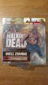 LARGE CARD 1st issue The Walking Dead Series 2 TV Action figures
