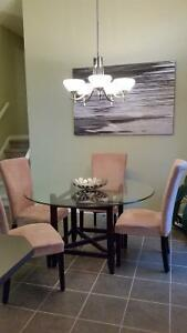 Modern Glass Top Dining Table w 4 Chairs, Nice $200!!! London Ontario image 2