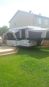 2000 Coleman Utah Tent trailer great Shape ready for viewing