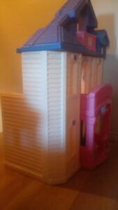 STEP 2 Barbie / Doll House and Furniture Cambridge Kitchener Area image 5