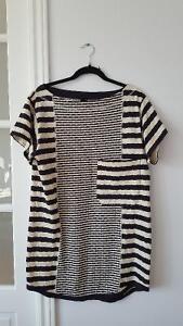 Robe t-shirt Uniqlo X Iliann Loeb. Medium de France donc Small