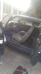 2001 Chevrolet S-10 Coupe (2 door)