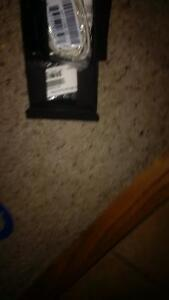 White Blackberry Z 10 with all accessories Cambridge Kitchener Area image 2
