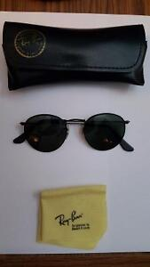 "Vintage ""Lennon"" B&L Ray Ban W1574 Sunglasses London Ontario image 1"