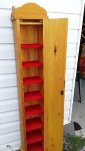 CD cabinet or Jewelry chest
